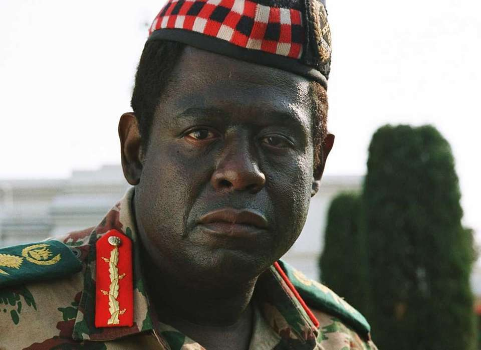 Forest Whitaker, portraying Ugandan dictator Idi Amin in