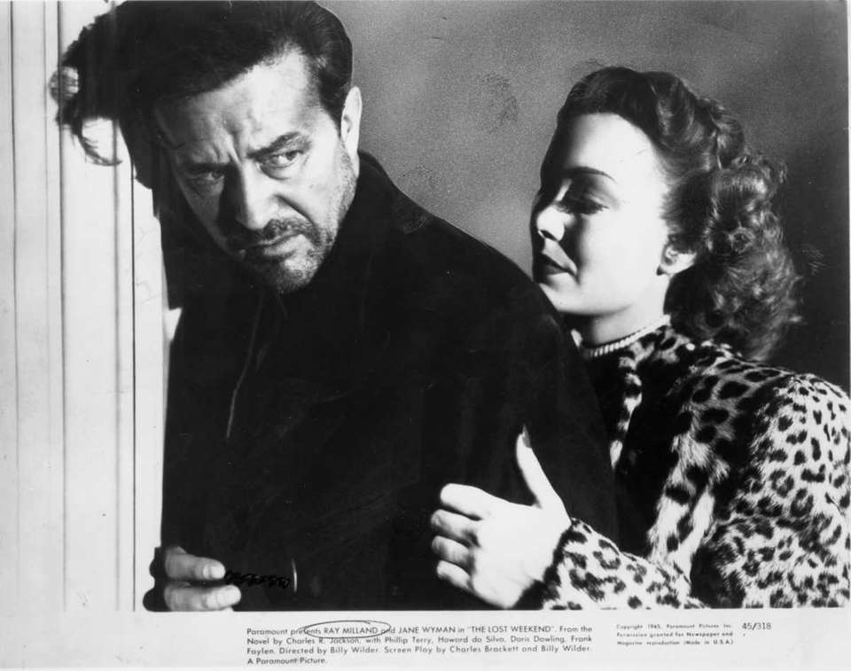 Ray Milland and Jane Wyman in a scene