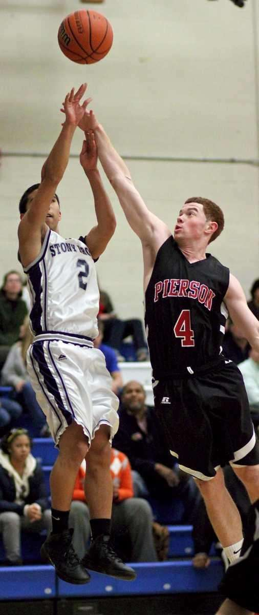 Stony Brook's Marco Masakayan #2 just gets the