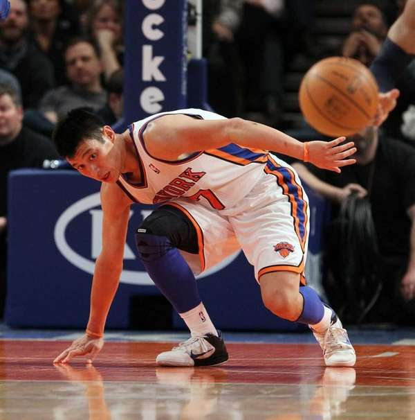 Jeremy Lin turns over the ball in the