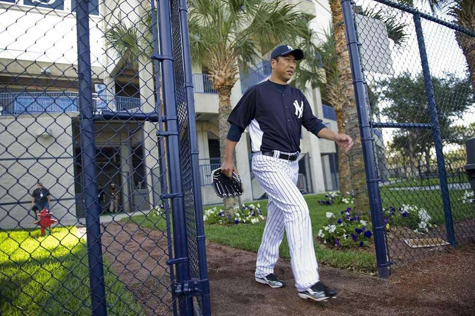 New York Yankees pitcher Hiroki Kuroda enters the