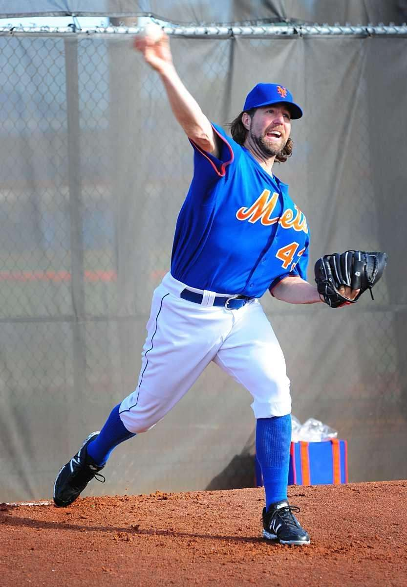 Mets pitcher R.A Dickey throws a bullpen session