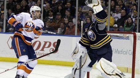 Buffalo Sabres goalie Ryan Miller makes a save