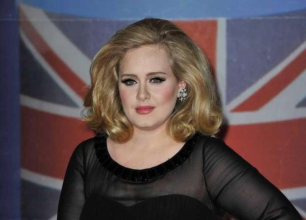 Adele attends the 2012 Brit Awards held at