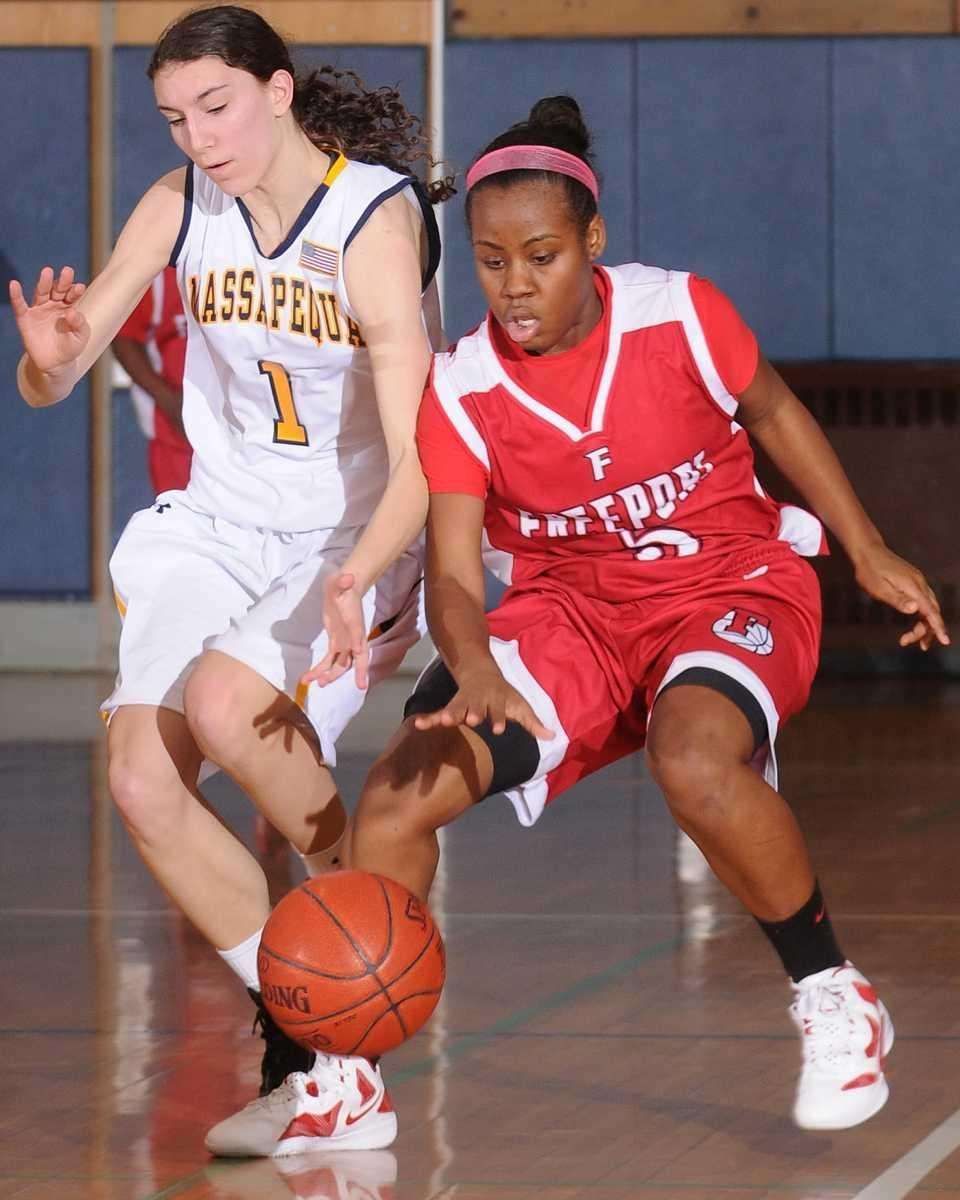 Massapequa's Morgan Roessler, left, and Freeport's Sabria Grayson