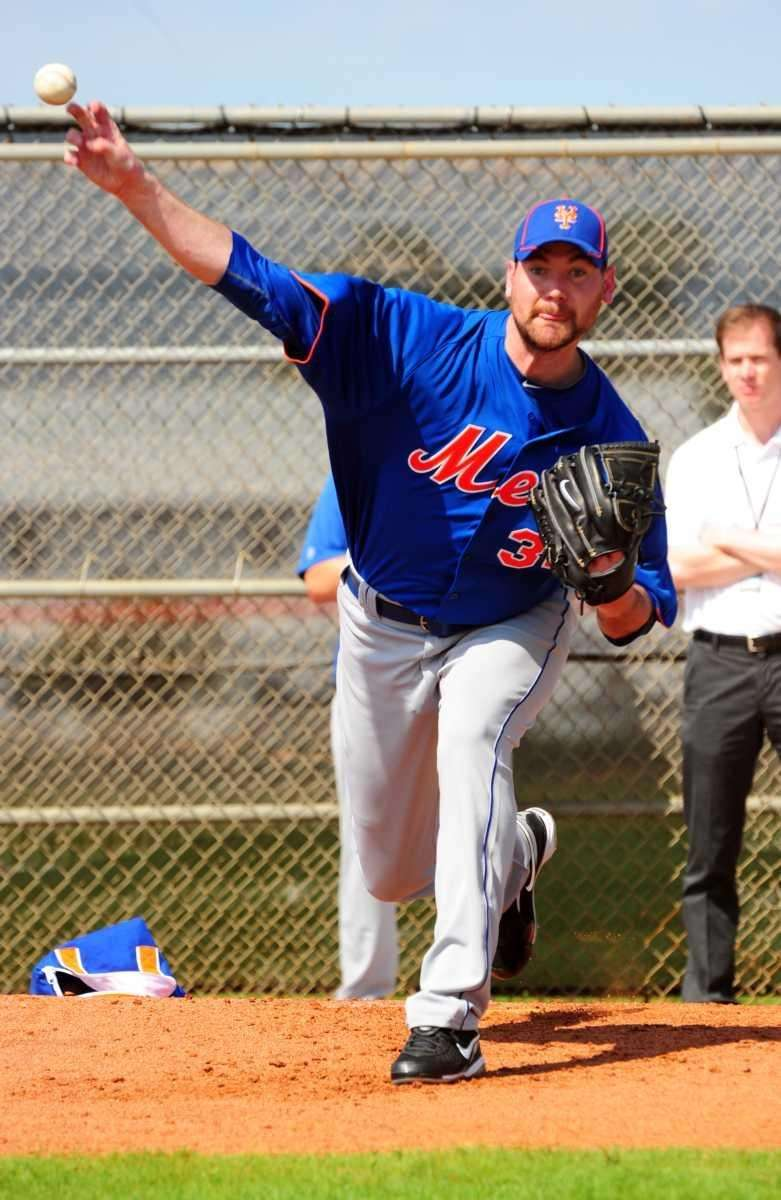 Mets pitcher Mike Pelfrey during a bullpen session