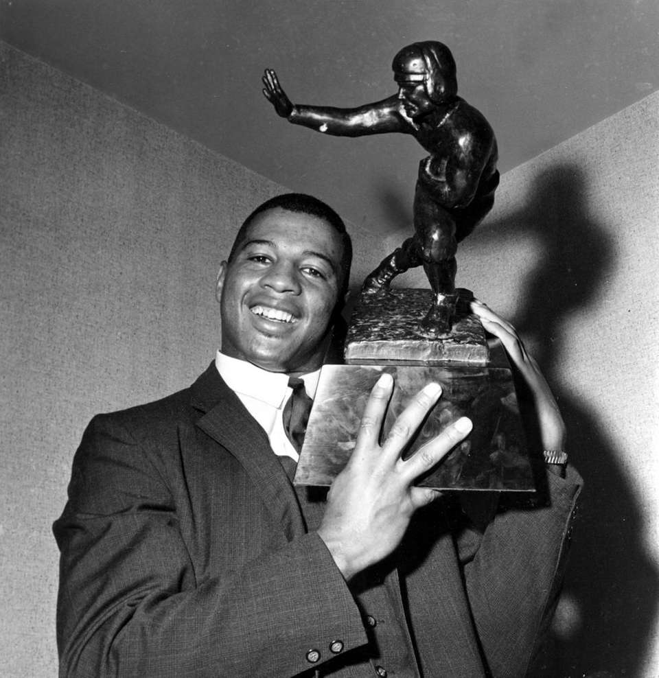 1962: ERNIE DAVIS, RB, Washington Redskins (NFL) Davis