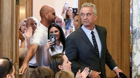 Attorney Robert F. Kennedy Jr. arrives for a
