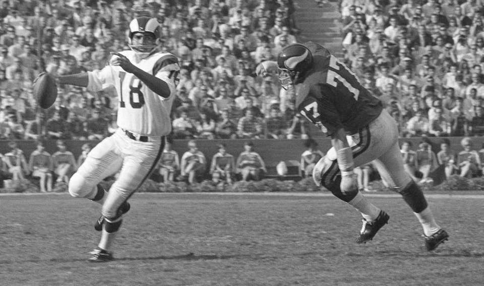 1962: ROMAN GABRIEL, QB, Oakland Raiders (AFL) Gabriel