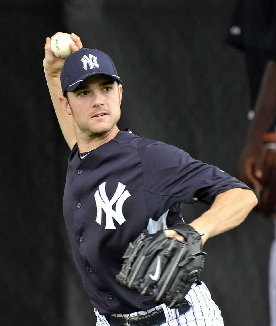 Yankees reliever David Robertson throws in the bullpen
