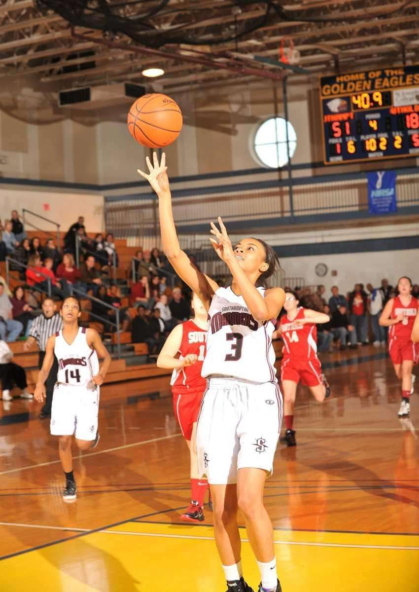 Southampton's #3 Dominique Taylor takes a layup during