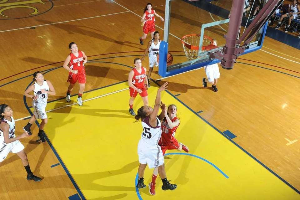 Southampton's #25 Kesi Gorre puts up a basket