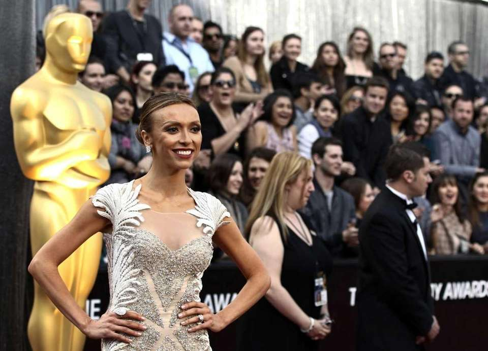 Giuliana Rancic arrives at the 84th Academy Awards