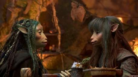 """Two characters in Netflix's """"The Dark Crystal: Age"""