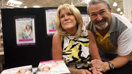 Mary Jo Buttafuoco and her fiance Stu Tendler