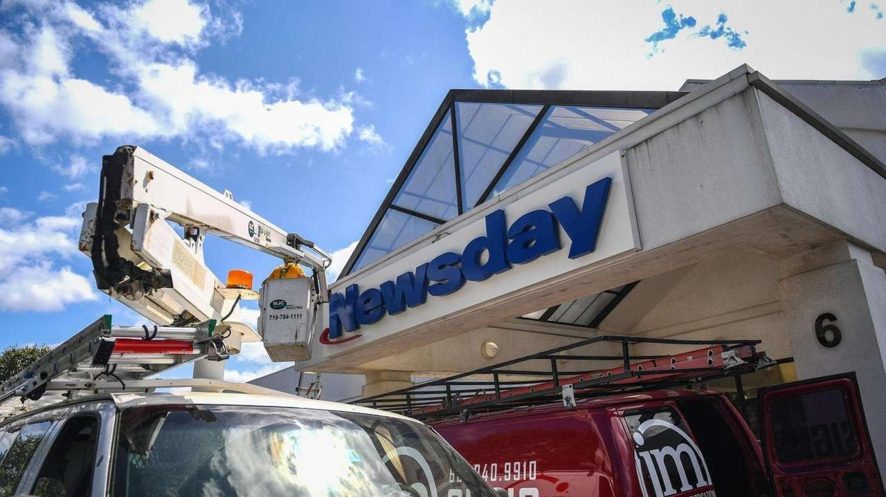 On Wednesday, Newsday moved into a new location