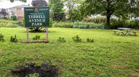 A resolution calls for Terrell Avenue Park in