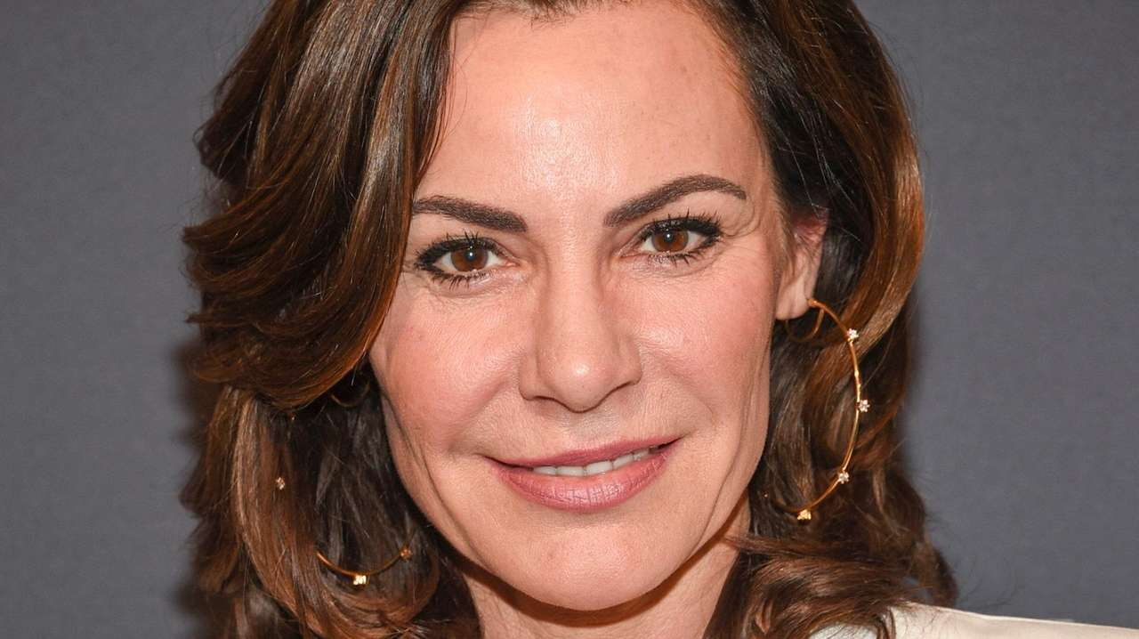 'Real Housewife' Luann de Lesseps completes probation
