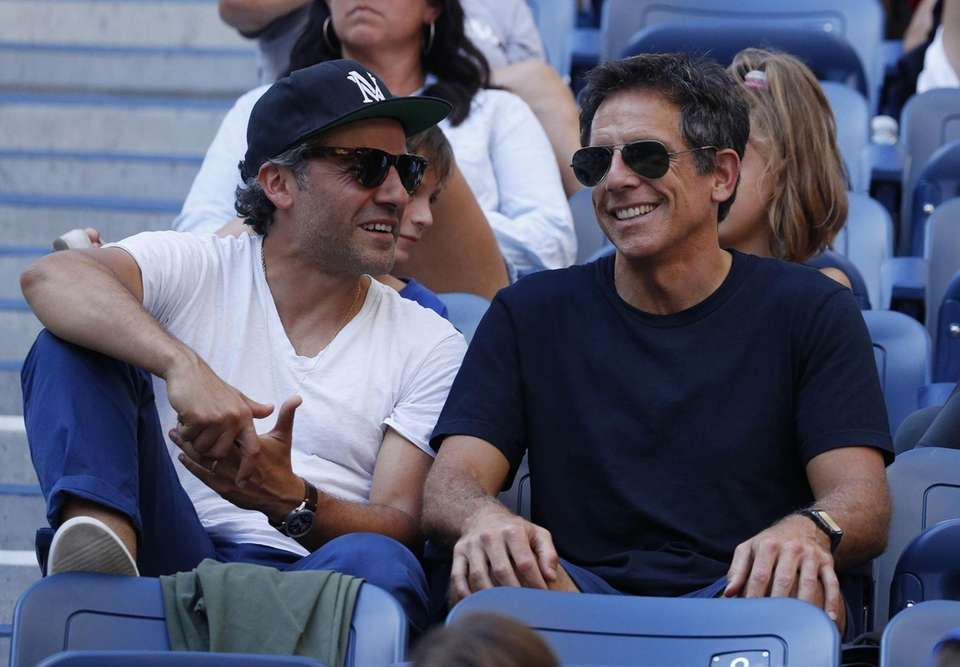 Ben Stiller watches as John Isner plays Jan-Lennard