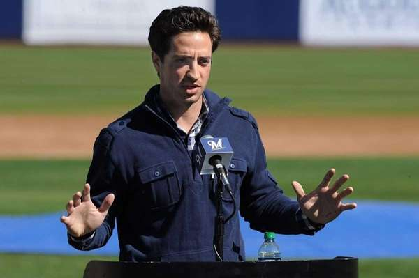 Ryan Braun of the Milwaukee Brewers talks to