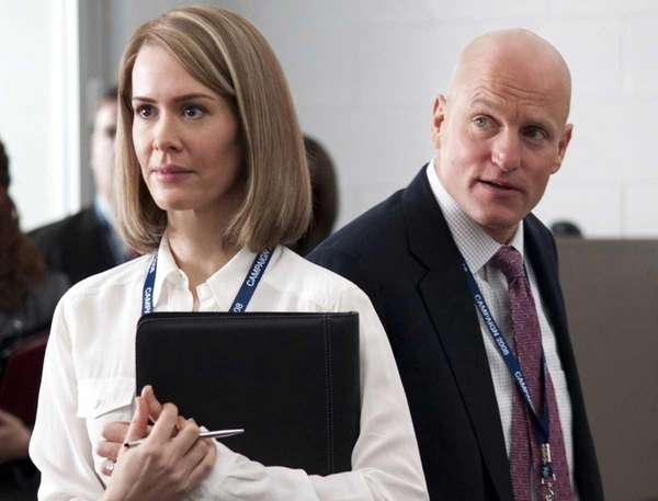 Sarah Paulson as Nicolle Wallace and Woody Harrelson