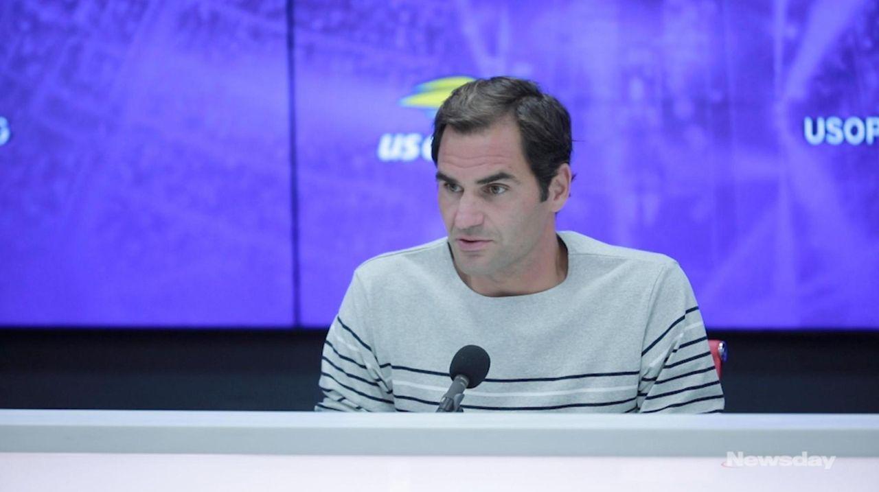 Roger Federer defeats David Goffin in straight sets