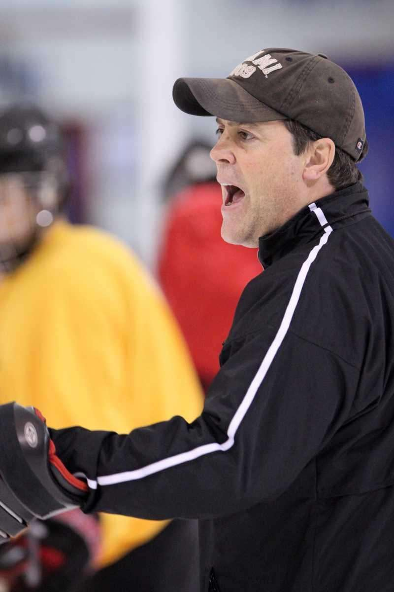 Long Island Royals coach Pat LaFontaine yells instructions