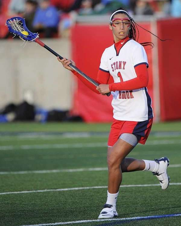 Stony Brook midfielder Michelle Rubino looks to pass