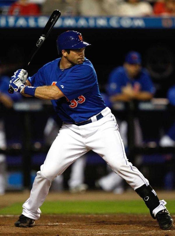 Vinny Rottino #30 of the New York Mets