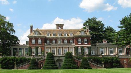 Budget Travel magazine has named Old Westbury House