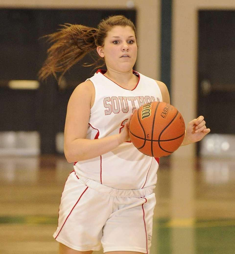 Southold's guard Sydney Campbell controls the ball against