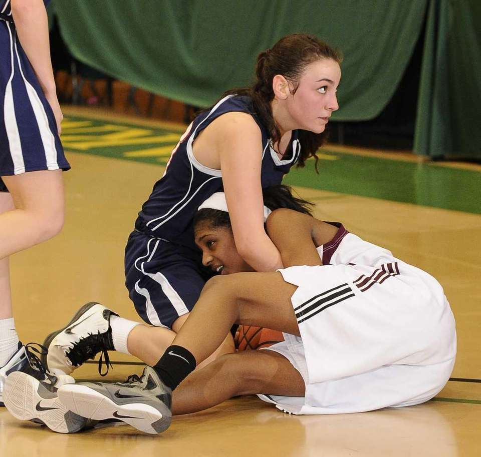Cold Spring Harbor center Kelly Gubitosi and Southampton