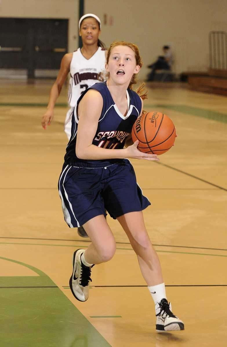 Cold Spring Harbor guard Brooke Jensen attempts a