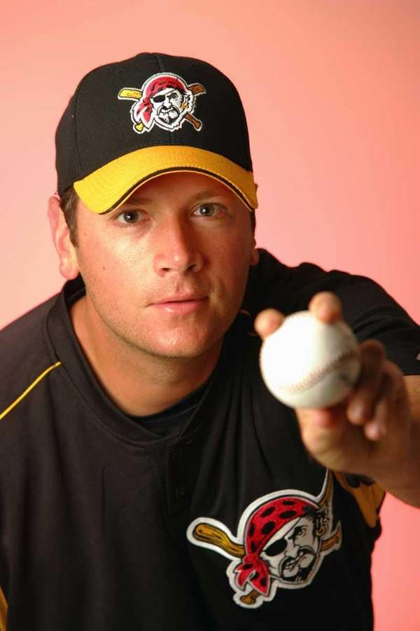 C.J. Nitkowski poses during Pittsburgh Pirates photo day.
