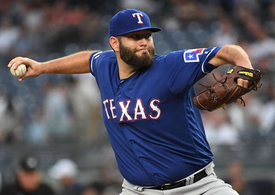 Texas Rangers starting pitcher Lance Lynn delivers a