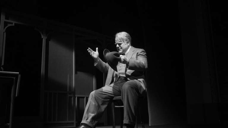 Philip Seymour Hoffman as Willy Loman in Arthur