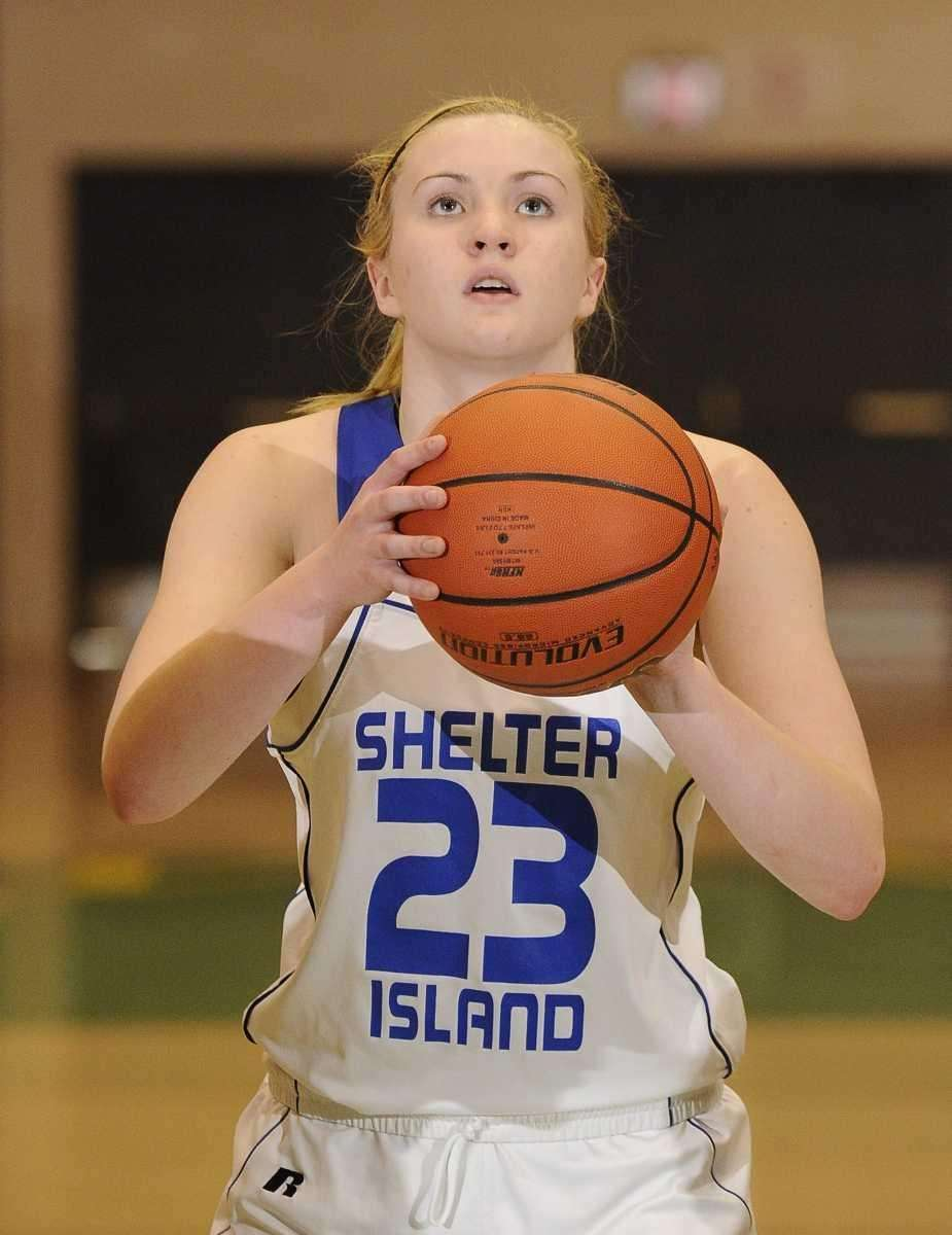 Shelter Island forward Kelsey McGayhey lines up her