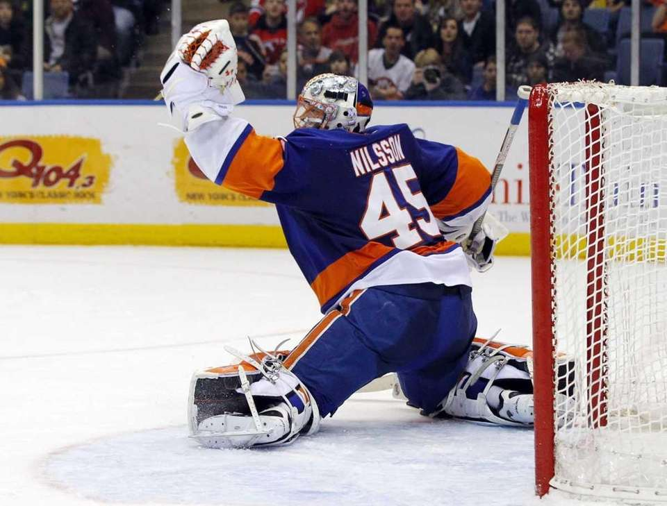 Islanders goalie Anders Nilsson makes a second period