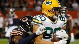 Packers tight end Jimmy Graham catches a touchdown