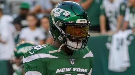 Jets running back Le'Veon Bell fires up his
