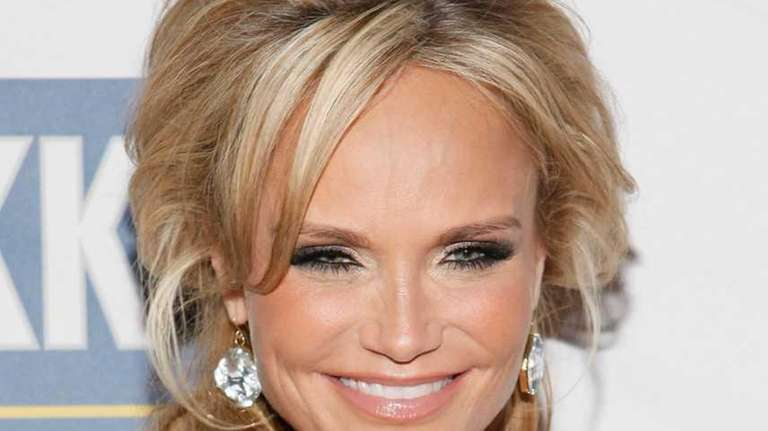 Actress Kristin Chenoweth attends The Roundabout Theatre 2012