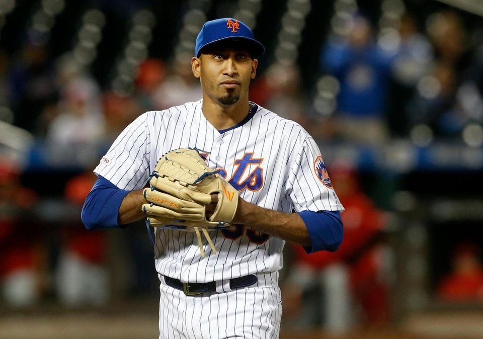 Edwin Diaz #39 of the New York Mets