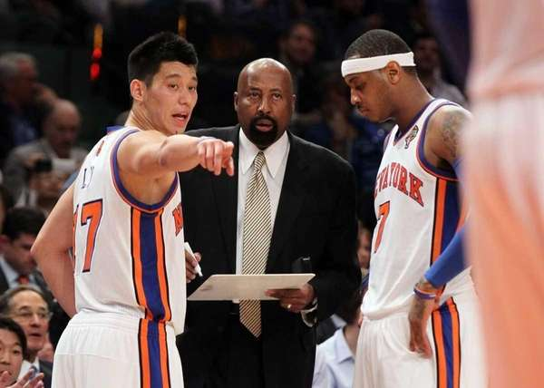 Interim head coach Mike Woodson, Carmelo Anthony #7