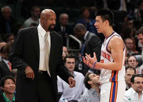Interim head coach Mike Woodson and Jeremy Lin