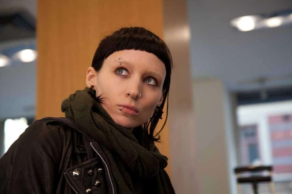 Rooney Mara plays computer hacker Lisbeth Salander who