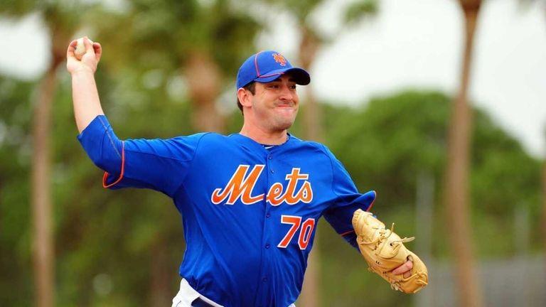 Mets prospect Matt Harvey throws a live batting