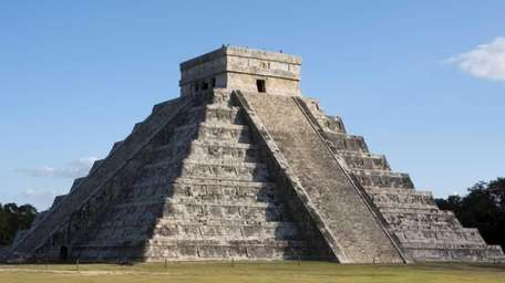 Temple of Kukulkan, a Mayan pyramid in Chichen