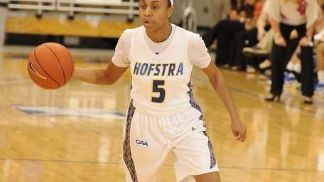 Hofstra guard Andreana Thomas controls the ball against