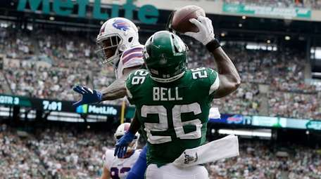 Le'Veon Bell catches two-point conversion pass. He accounted