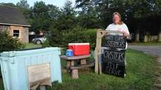Kelly Lester at her clam stand on Abrahams